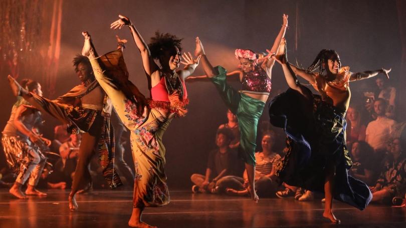 The Los Angeles-based dance company CONTRA-TIEMPO