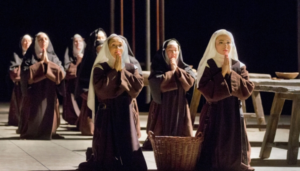 Met Opera Dialogues des Carmelites at the Hop