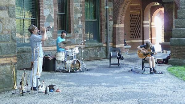 Fujiwara/Halvorson/Bynum Trio