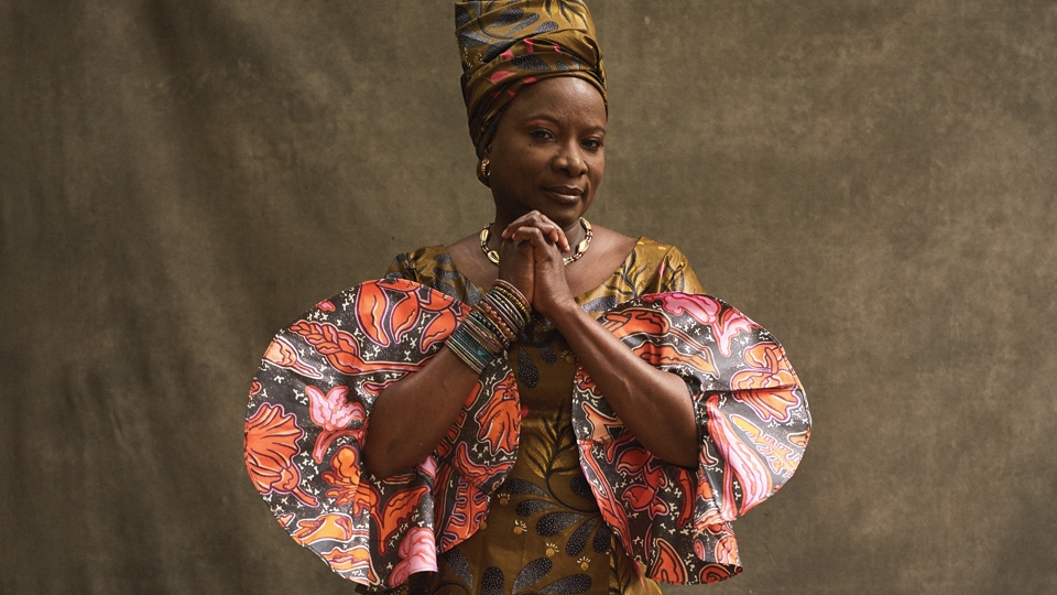 Angelique Kidjo image 1