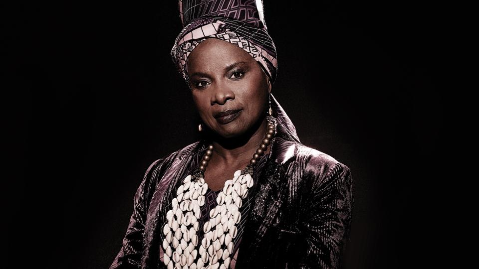 Angelique Kidjo image 2