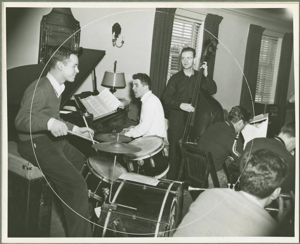 Barbary Coast Orchestra - 1945