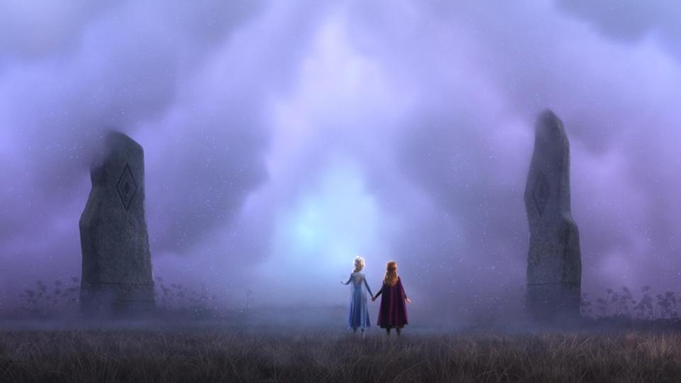 Elsa and Anna standing in front of cloud doorway - Frozen 2 - Hop Film