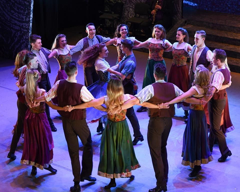 A circle of Riverdance dancers